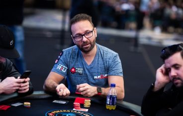 5 Tricks To Be A Pro Idn Poker Player