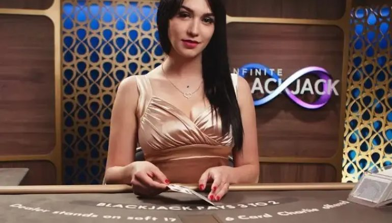 Learn with us why you should start playing online casino